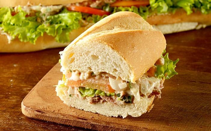 Receita de Sanduíche de Atum na Baguete – LINDO E DELICIOSO