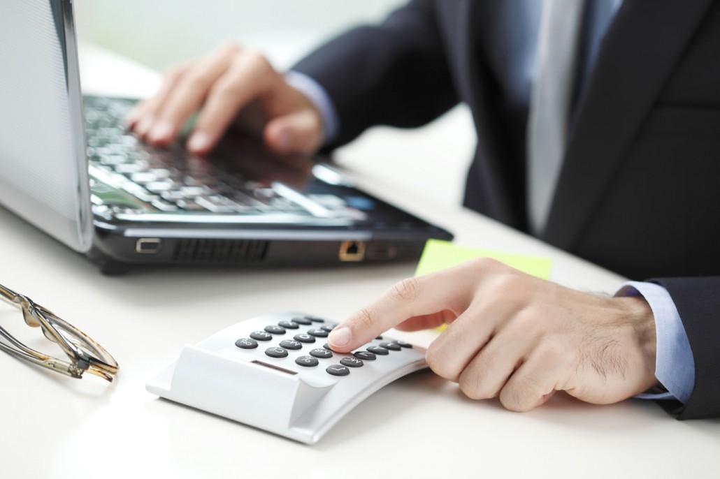 → Como Fazer Cálculos Previdenciários (Alessandra Strazzi)